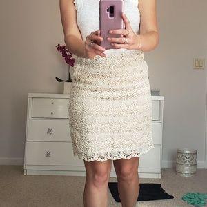 Lace detail skirt sz medium